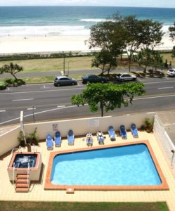 The Shore - Surfers Paradise accommodation right by the beach
